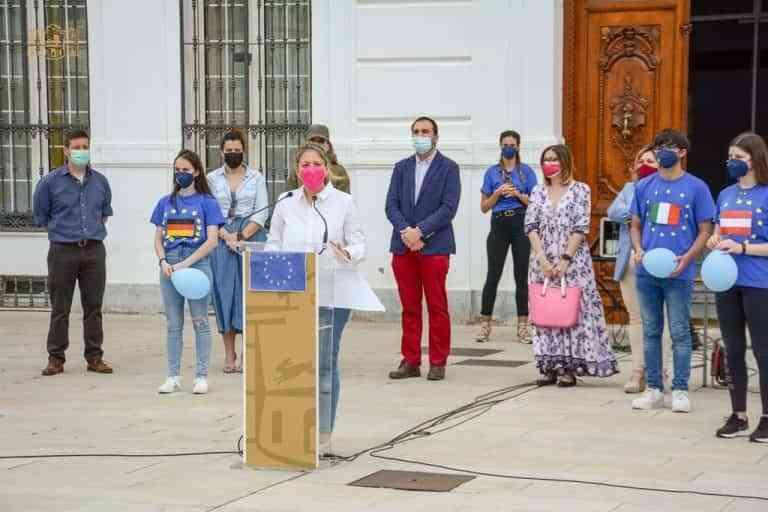 La alcaldesa recuerda la importancia de la Unión Europea para Tomelloso