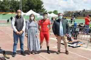 Espectacular jornada de ciclismo en pista la ofrecida el sábado por equipos junior y cadetes