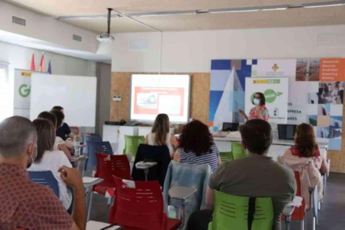 La 3ª edición del programa 'Go2Work' ha beneficiado a 17 proyectos emprendedores