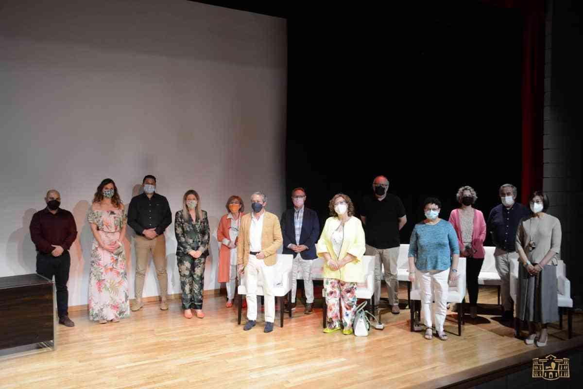 Nueve docentes de primaria y secundaria de Tomelloso fueron homenajeados por su jubilación