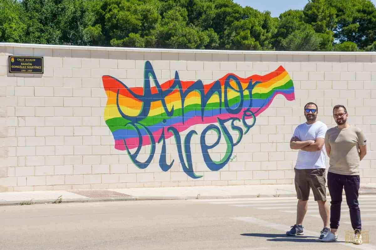 Un mural reivindica la diversidad en el Día del Orgullo en Tomelloso