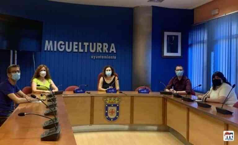 Acuerdo sobre Relación de Puestos de Trabajo (RPT) entre el ayuntamiento de Miguelturra y los sindicatos
