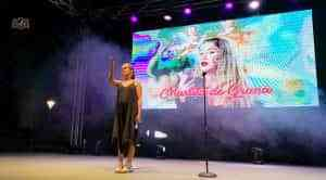 Martita de Graná cautiva al público tomellosero en la primera noche del Certamen de Monólogos de Humor