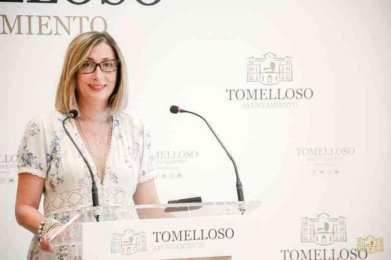 Montse Moreno anuncia una línea de ayudas de 30.000 € dirigida a personas con celiaquía