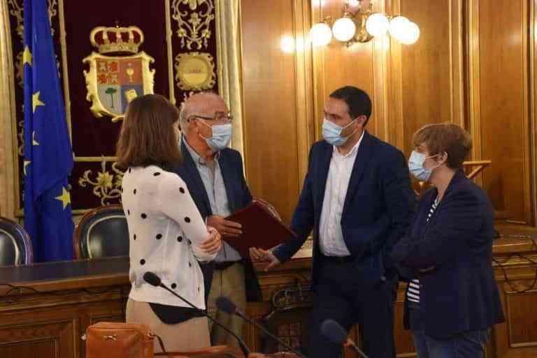 El convenio de colaboración anual de la Diputación de Cuenca con Cáritas aumenta a 30.000 euros