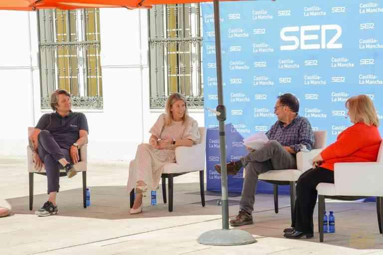 """Programa radiofónico """"El viaje comienza aquí"""" con participación de la alcaldesa de Tomelloso"""
